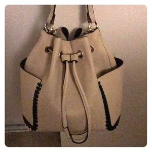 Gently used cute handbag bucket style